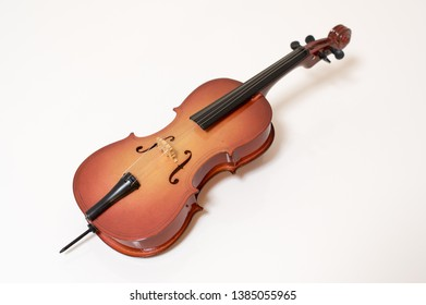 A picture of a cello playing a soothing sound.