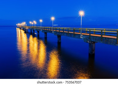 picture of the famous pier of Ahlbeck, Germany, at night