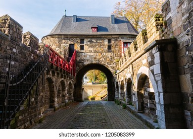 picture of the medieval Ponttor in Aachen, Germany