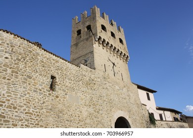 Picture of Sant' Agostino Gate ( Montefalco Italy )