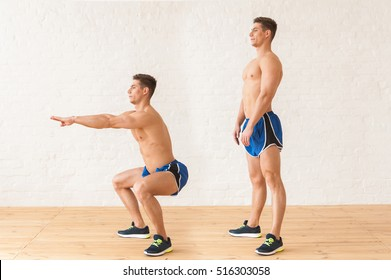 picture of sequence squats man makes in sports gym