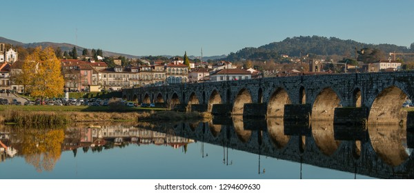 A picture of the town of Ponte de Lima.