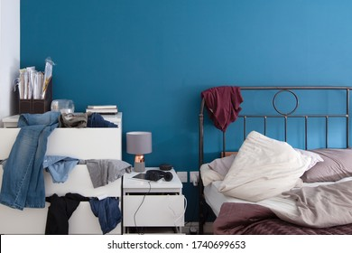 Picture of an untidy bedroom