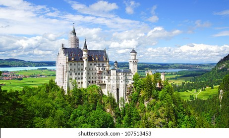 Picturesque nature landscape with Neuschwanstein Castle. Germany