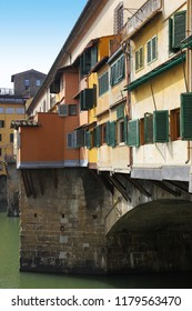 Picturesque Ponte Vecchio bridge in Florence old town, Tuscany, Italy.