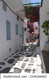 Picturesque Streets Very Narrow Full Of Shops In Chora Island Of Mikonos .Arte History Architecture.3 Of July 2018. Chora, Island Of Mikonos, Greece.