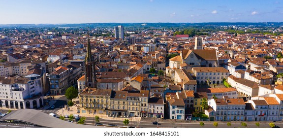 Picturesque summer landscape of French city of Agen overlooking Saint Caprasius cathedral
