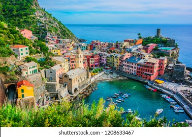 Picturesque town of Vernazza, in the province of La Spezia, Liguria, Italy
