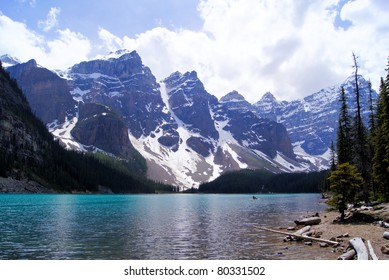 Picturesque view of Moraine Lake, Banff National Park, Canada