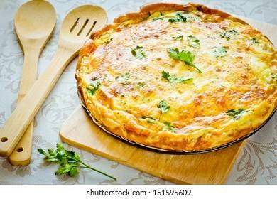 Pie four cheeses (Quiche lorraine)