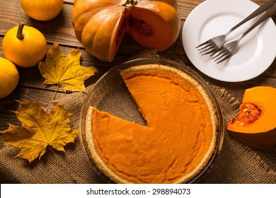 Pie, pumpkin, holiday.