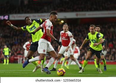 Pierre-Emerick Aubameyang of Arsenal beats Terence Kongolo of Huddersfield Town - Arsenal v Huddersfield Town, Premier League, Emirates Stadium, London (Holloway) - 8th December 2018