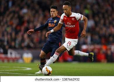 Pierre-Emerick Aubameyang of Arsenal and Facundo Roncaglia of Valencia - Arsenal v Valencia, UEFA Europa League Semi Final - 1st Leg, Emirates Stadium, London (Holloway) - 2nd May 2019