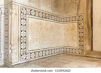 Pietra dura decoration on a wall of the Taj Mahal in India