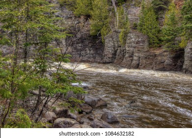 Grand River Flow >> Grand River Ontario Stock Photos Images Photography