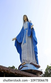PILAR, CAPIZ, PHILIPPINES  - OCT 25, 2015: Virgin Mary at the Agtalin Shrine. Tallest Marian statue in Asia at 85 feet.