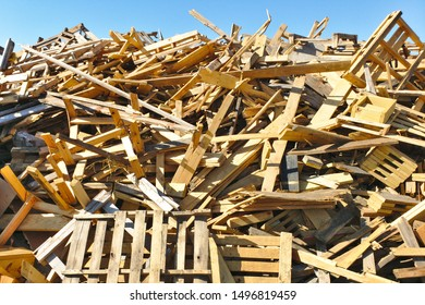 Pile of Pallet Scrap Wood