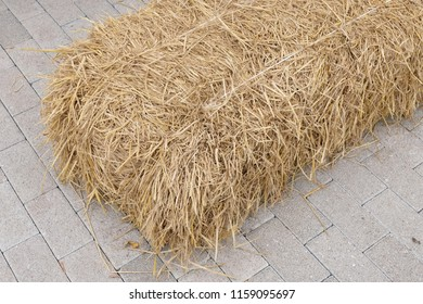 pile of straw background