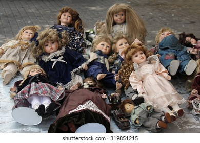 Pile of vintage Victorian baby dolls sold on vintage market