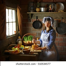 Pilgrim woman in the kitchen