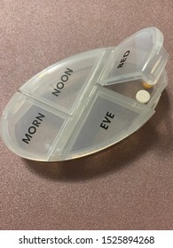Pill container morning noon evening bed daily weekly illness health prescriptions pharmacy vitamins drug prices aging reminder order