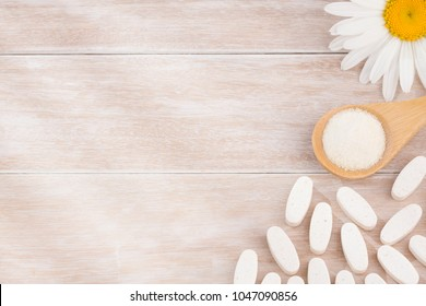 Pills and collagen protein powder - Hydrolyzed.