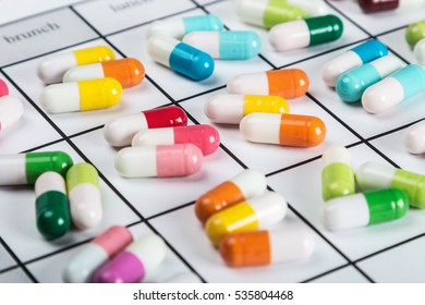 pills are of different color on the calendar