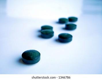 pills of spirulina