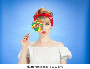 Pin up girl with lollipop