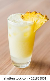 Pineapple cocktails juice glass - filter effect