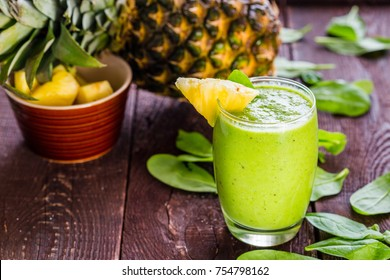 Pineapple Green Smoothie with Spinach, Horizontal Wallpaper
