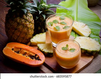 Pineapple juice with papaya Healthy spin smoothie