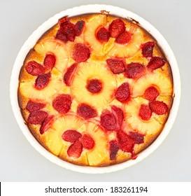 pineapple and strawberry semolina cake
