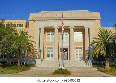 County Courthouse Images, Stock Photos & Vectors | Shutterstock