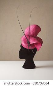 Pink and black ladies races hat for spring carnival