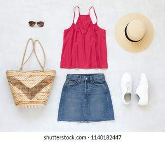 Woman With Straw Hat Images 6fa776f25955