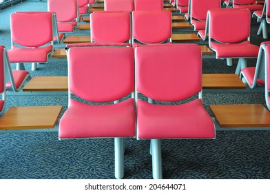 pink chairs pattern