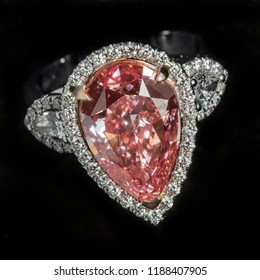 Pink Diamond Ring (Pear Cut, Fancy Intense Pink Color)