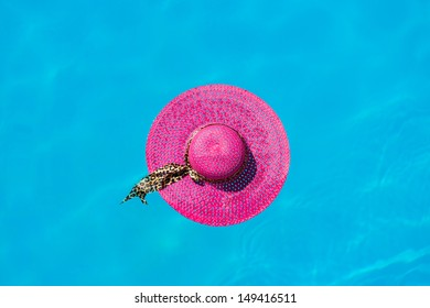 Pink hat in the swimming pool