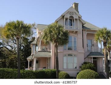 Pink Mansion in Charleston, South Carolina