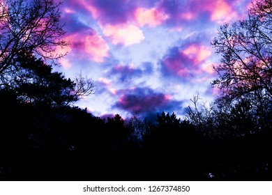 pink Nacreous clouds, a phenomenon that rarely occurs in winter