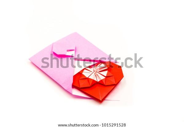 Super Secret Origami Heart Envelope · Craftwhack | 420x600