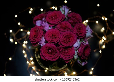 pink and red roses in a flower vase