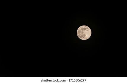 The Pink Super Moon in April 2020