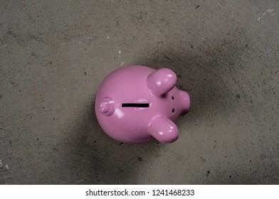 Pink vintage ceramic piggy bank