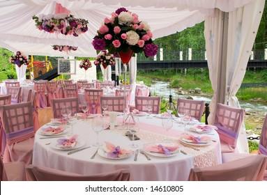 Pink wedding tables in outdoor restaurant