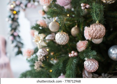 pink and white christmas tree decoration