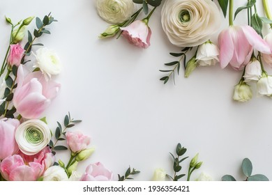 Pink and white flowers border design over the white