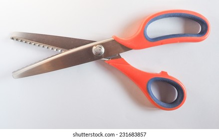 Pinking shears zig zag scissors to cut fabric