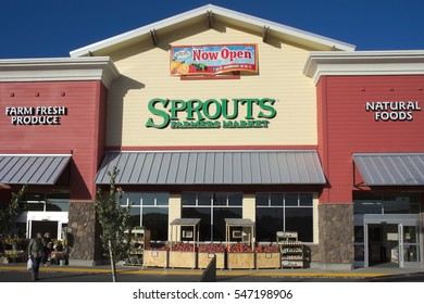 PINOLE, CALIFORNIA - JANUARY 1, 2017: Newly completed Gateway Shopping Center features Sprouts Farmers Market.